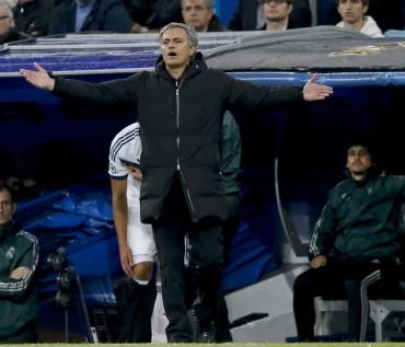 """Mourinho: """"Quizá no siga"""""""
