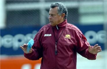"""El """"Cuate"""" Castillo le entregó el informe al presidente de los azules"""