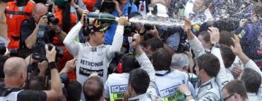 Rosberg, histórico, Alonso sufre