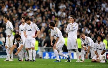 Enfadados Jugadores del Real Madrid con Mourinho