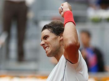 Rafael Nadal debuta en Madrid con victoria ante Paire