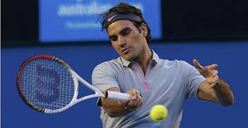 Federer arrolla a Starace y se planta en los octavos de Roma