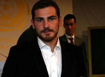 """Casillas: """"Voy a seguir en el Madrid pase lo que pase"""""""