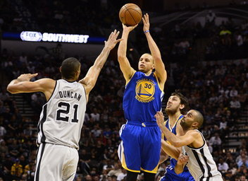 State Warriors vencer a domicilio (91-100) a los San Antonio Spurs