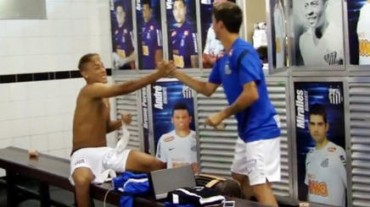 Neymar se despide de sus compañeros del Santos