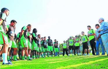 Arturo Bendaña informó 60% de jugadores se van de Marathón