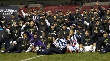 Monterrey  alzó su tercera copa de Concachampions