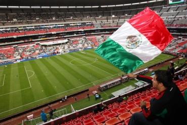 En el Estadio Azteca, la selección mexicana sangra números rojos