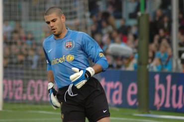 Valdés comunica al Barça que cumplirá su contrato
