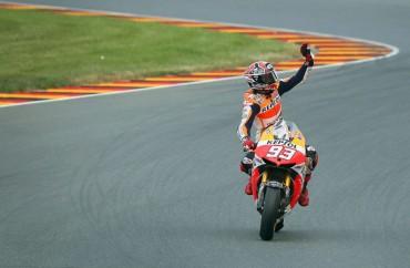 Marc Márquez no perdona y recupera el liderato de MotoGP