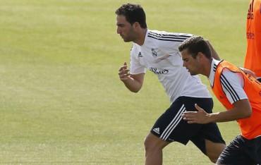 El Chelsea de Mourinho hace una oferta por Gonzalo Higuaín