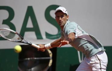"""Novak Djokovic publica un libro con sus """"secretos"""" nutricionales"""