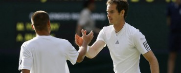 Murray se deshace de Youzhny y jugará los cuartos ante Verdasco