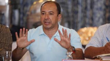 Osman Madrid desconoce que quieran a Roger Rojas en Chile