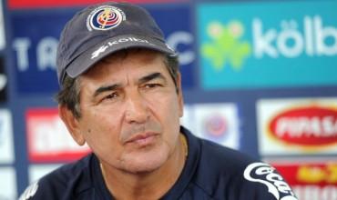Jorge Luis Pinto sigue dolido por quedar fuera de la Copa Oro