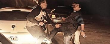 Maradona se agarra a patadas con un fotógrafo