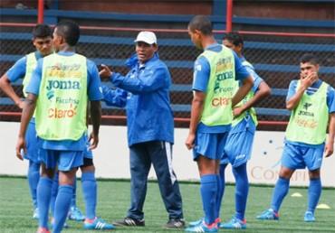 José Valladares dará el listado de jugadores que estarán en la Copa ESPN