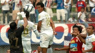 Olimpia venció 2-1 a Millonario de Colombia
