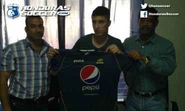 Motagua ha presentado este viernes a su nuevo refuerzo José Pablo Varela