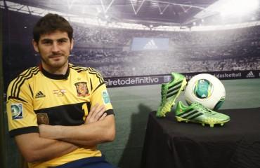 """Casillas: """"Por lo menos puedo jugar el trofeo Bernabéu ya que en la Liga no juego"""""""