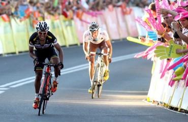 El francés Riblon arrebata el maillot amarillo a Ion Izagirre