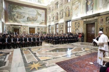 El Papa recibe a las selecciones de fútbol de Italia y Argentina