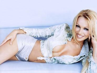 Pamela Anderson dirigirá un equipo de las series FIA GT