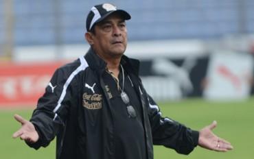 Espinoza reconoce que Olimpia debe mejorar su imagen internacionalmente