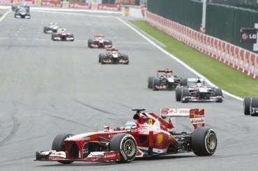 Remontada de Alonso para ser segundo en el triunfo de Vettel