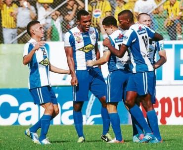 """La """"jaiba brava"""" del Victoria recibe a Platense hoy en Ceiba"""
