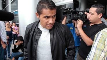 Roger Rojas indignado por la forma en que fue tratado por el West Ham