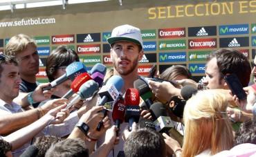 """Ramos: """"Si yo decidiera en el Madrid Özil sería de los últimos en irse"""""""