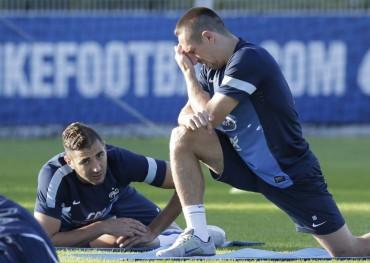La selección francesa cierra filas en torno al discutido Benzema