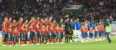 España sufrió muchísimo ante Chile