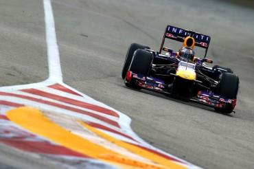 Vettel domina en Singapur y el Ferrari sigue sin funcionar