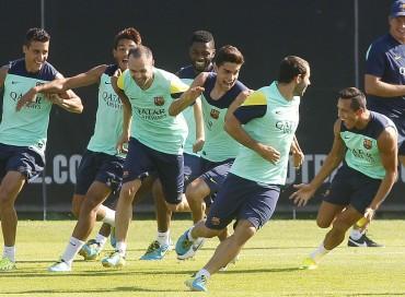 El conjunto del Barcelona recibirá hoy a la Real Sociedad en el Camp Nou