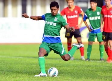 Costly se ha convertido en la carta goleadora del Zhicheng de China