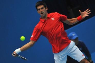 Novak Djokovic gana tiempo