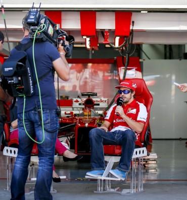 "Alonso: ""Sebastian lleva algo distinto, pero es legal"""