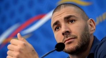 """Benzema: """"Corro mucho, hago 10 kilómetros por partido"""""""