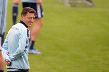"Mesut Özil: ""La Premier es la liga más fuerte del mundo"""