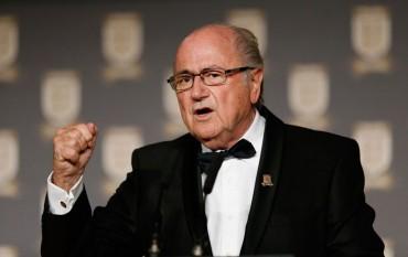 """Blatter pide disculpas por carta: """"Cristiano es excepcional"""""""
