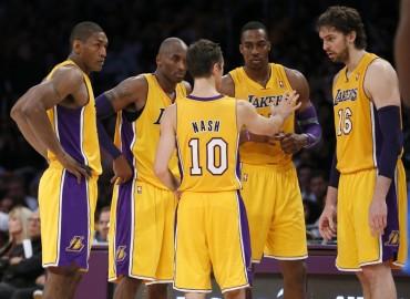 Evoluciona Kobe Bryant de operación