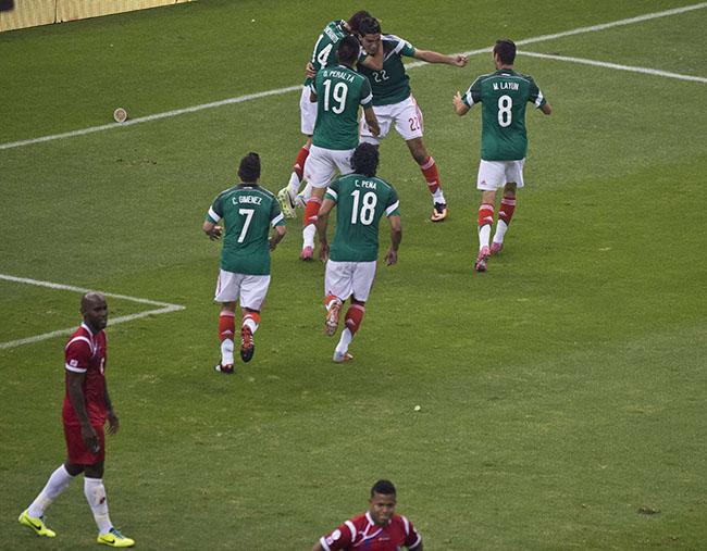 México logró rescatar en el cierre un juego que Panamá les había empatado