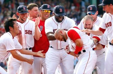Boston se aproxima al título