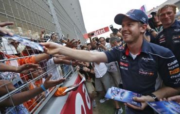 Vettel es leyenda y Alonso, de nuevo subcampeón mundial