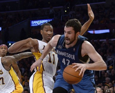 Pelea de gallos por Kevin Love: Knicks y Lakers le quieren
