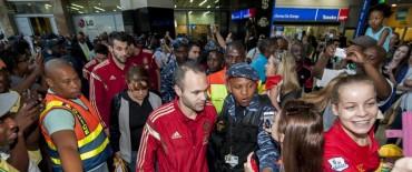 Locura en Sudáfrica en el reencuentro con los campeones
