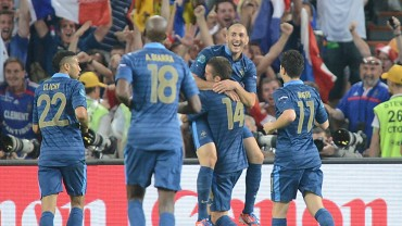 Francia hace la hombría y se clasifica al mundial de Brazil 2014