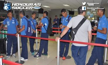 Selección de Honduras viajó este lunes para enfretar a Brasil